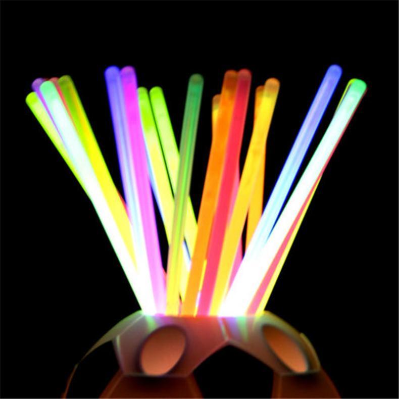 100x-8-Inch-Glow-Sticks-Bracelets-Necklaces-Fluorescent-Neon-Light-Sticks-Party thumbnail 6