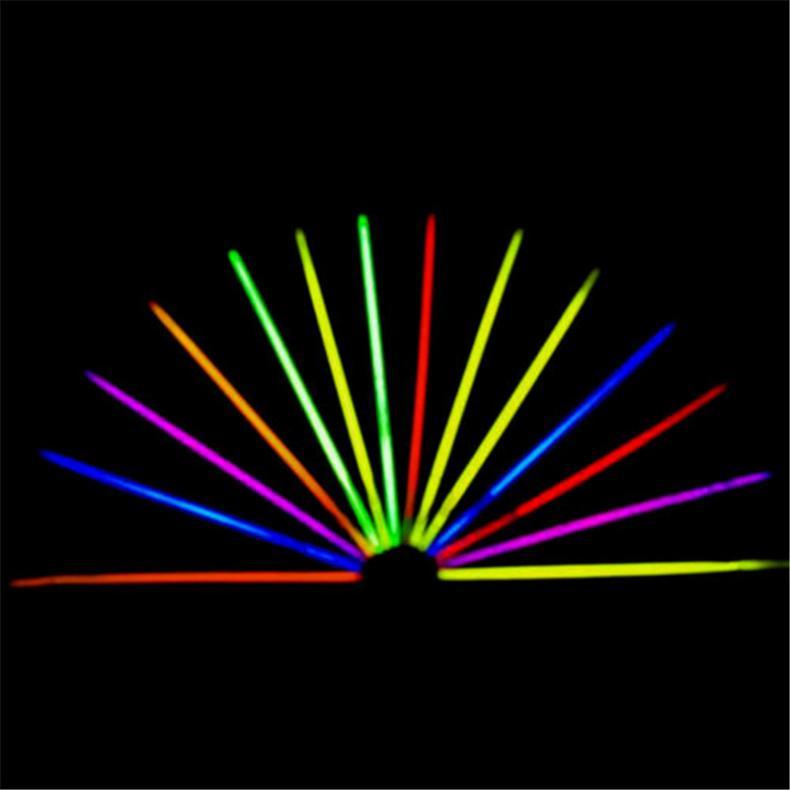 100x-8-Inch-Glow-Sticks-Bracelets-Necklaces-Fluorescent-Neon-Light-Sticks-Party thumbnail 8